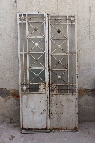 puerta de dos hojas de herrería 97 x 200