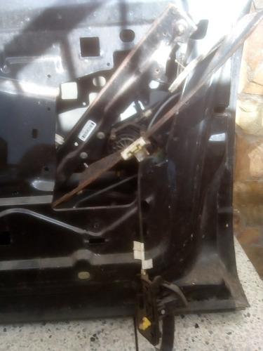 puerta de ford explorer 2006 lado derecho por 150$