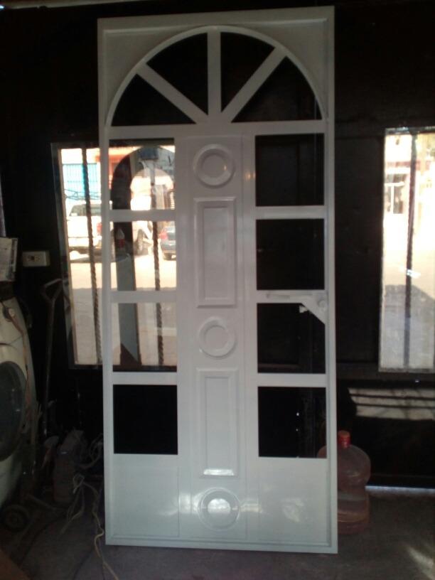 Puerta de herreria con arco 2 en mercado libre for Puertas de madera con herreria