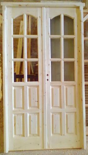 puerta de madera en alamo medio vidrio. con cerradura oferta