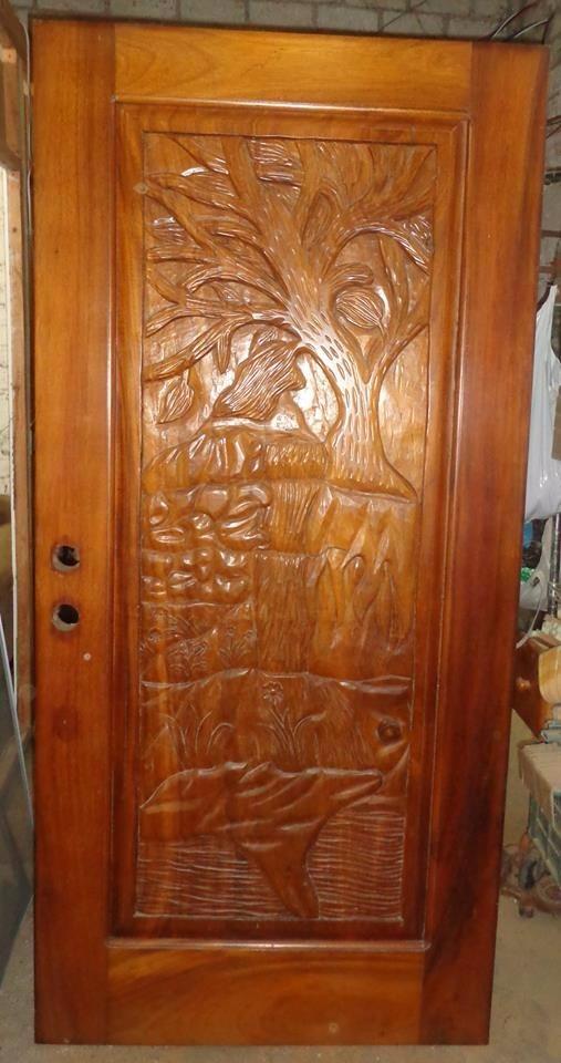 Puerta de parota solida madera exotica tallada a mano for Puertas de madera en oferta