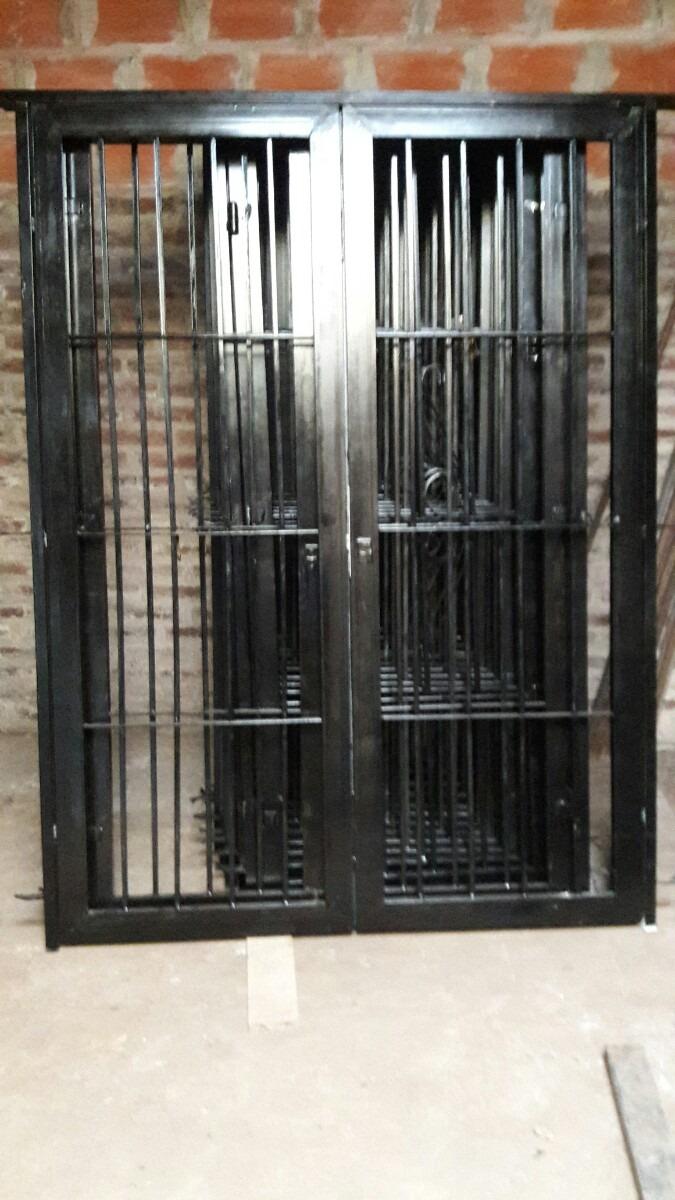 Atractivo modelos de puertas de hierro ilustraci n ideas - Rejas exteriores ...