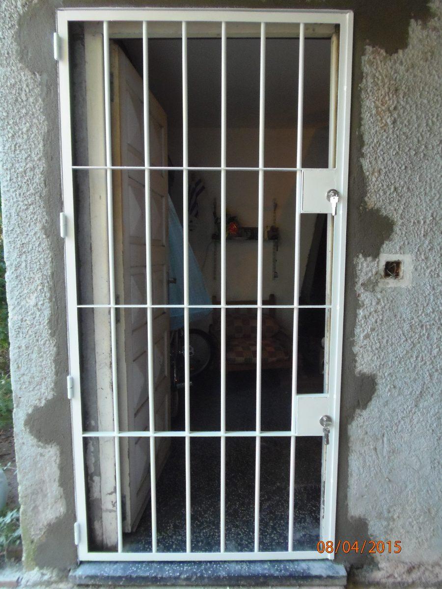 Puerta de rejas cerramientos colocaciones aluminio - Puertas de reja ...
