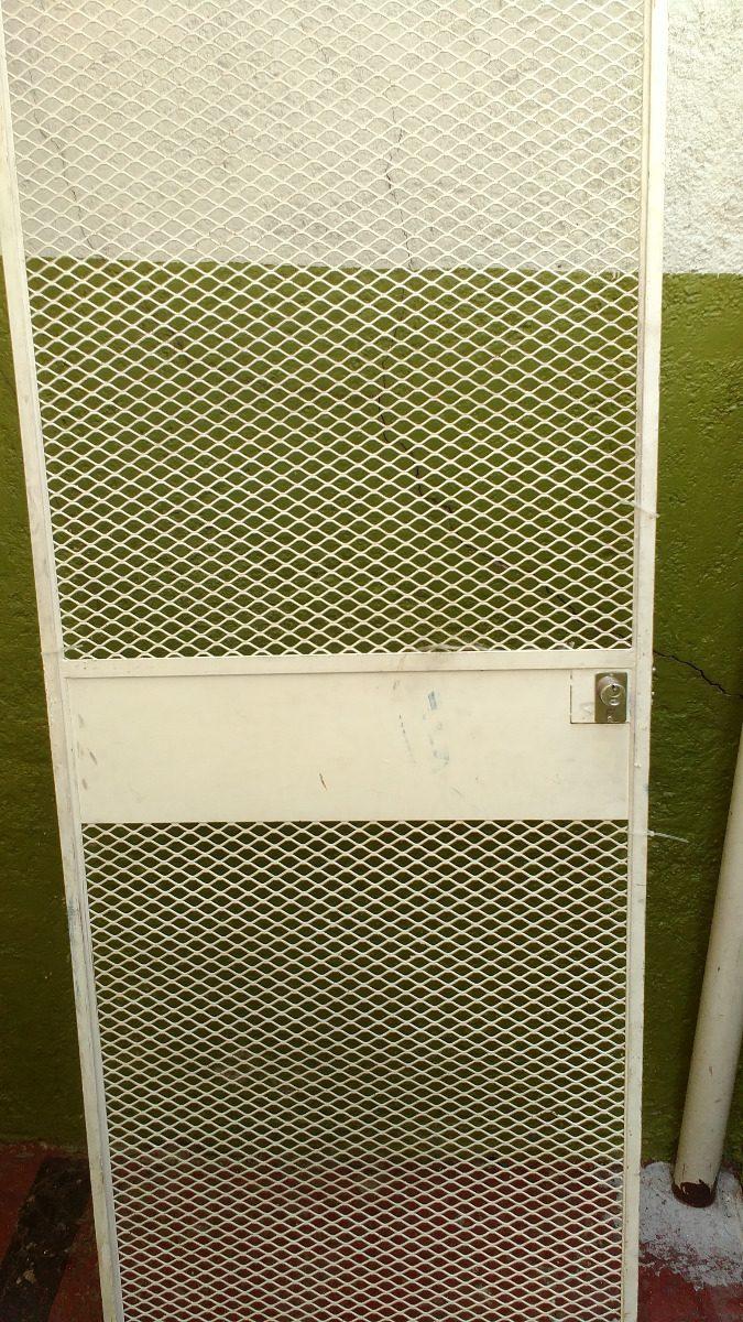 Puerta De Rejilla Blanca Con Marco Usada En Buen Estado - $ 2,300.00 ...
