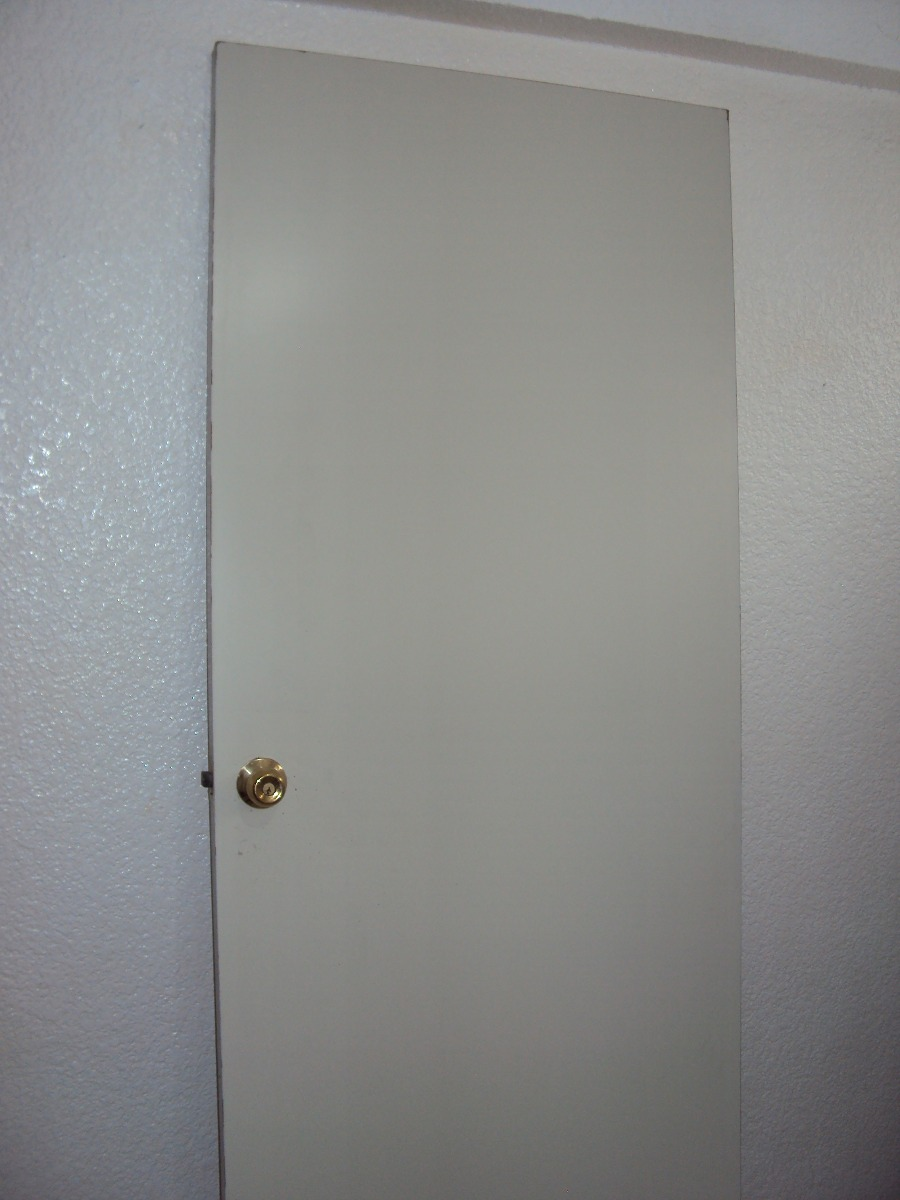 Puerta de tambor de madera color blanco 1 en - Puertas de madera en blanco ...