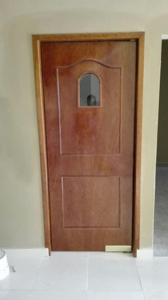 Puerta de tambor en madera cedro para recamara ba o for Modelos de puertas de madera para cocina integral