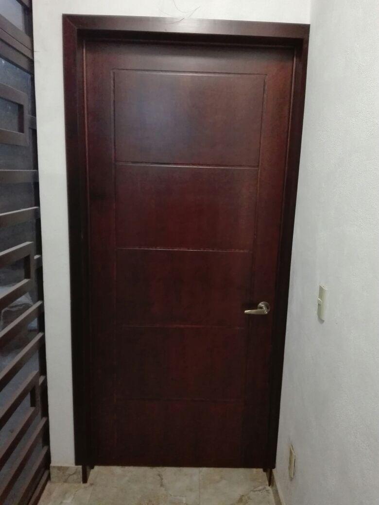 Puerta de tambor en madera cedro para recamara ba o for Como se hace una puerta de tambor