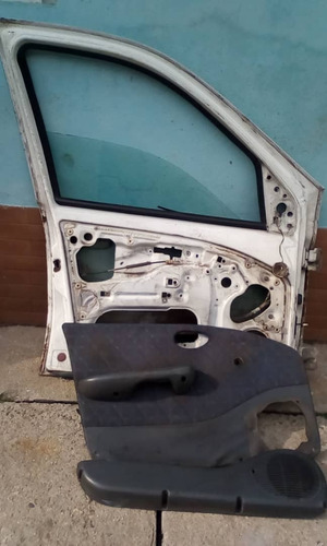 puerta delantera fiat siena palio vidrio tapiceria cerradura
