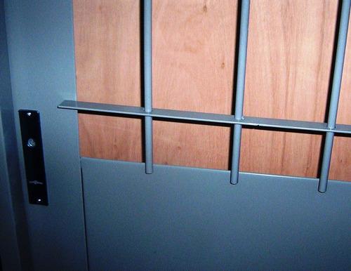 puerta doble chapa