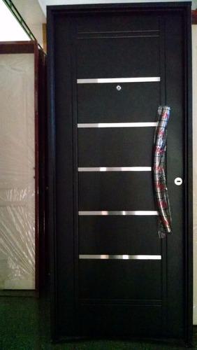 puerta doble chapa inyectada negra con apliques barral eco.