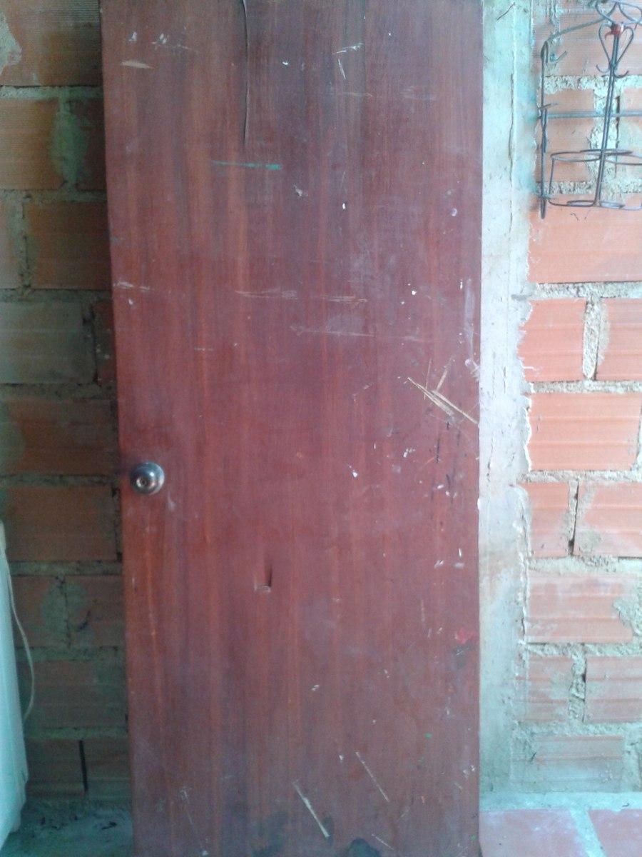 Puerta entamborada de madera bs 9 00 en mercado libre for Puerta entamborada