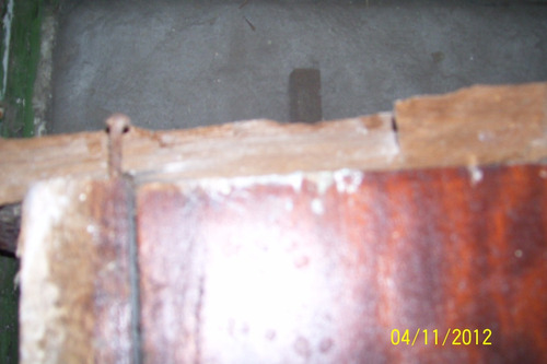 puerta interior c averia en el marco superior 77 cmx 203 cm.