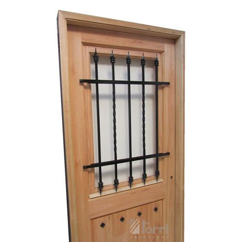 puerta madera modelo normanda de 080 reja y postigo