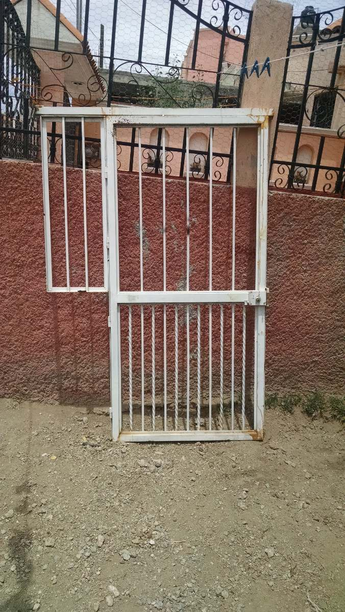 Puerta metalica exterior 1 en mercado libre for Puerta metalica exterior