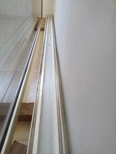 puerta panorámica corrediza de vidrio y aluminio (en oferta)