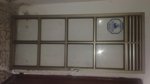 puerta para edificio, oficina, consultorio