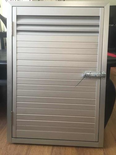 puerta para nicho de garrafa de supergas en aluminio