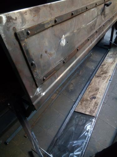 puerta parrilla levadiza patagonica con tabla (saldo)