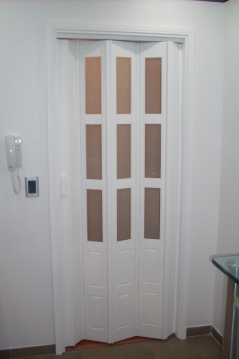 puertas blancas de madera recibidor con puerta de madera