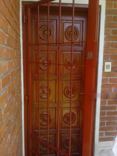 Puerta port n reja ventanas de aluminio trabajos herreria for Cuanto sale una puerta