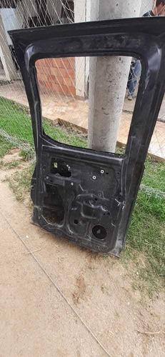 puerta posterior izquierda mazda bt-50