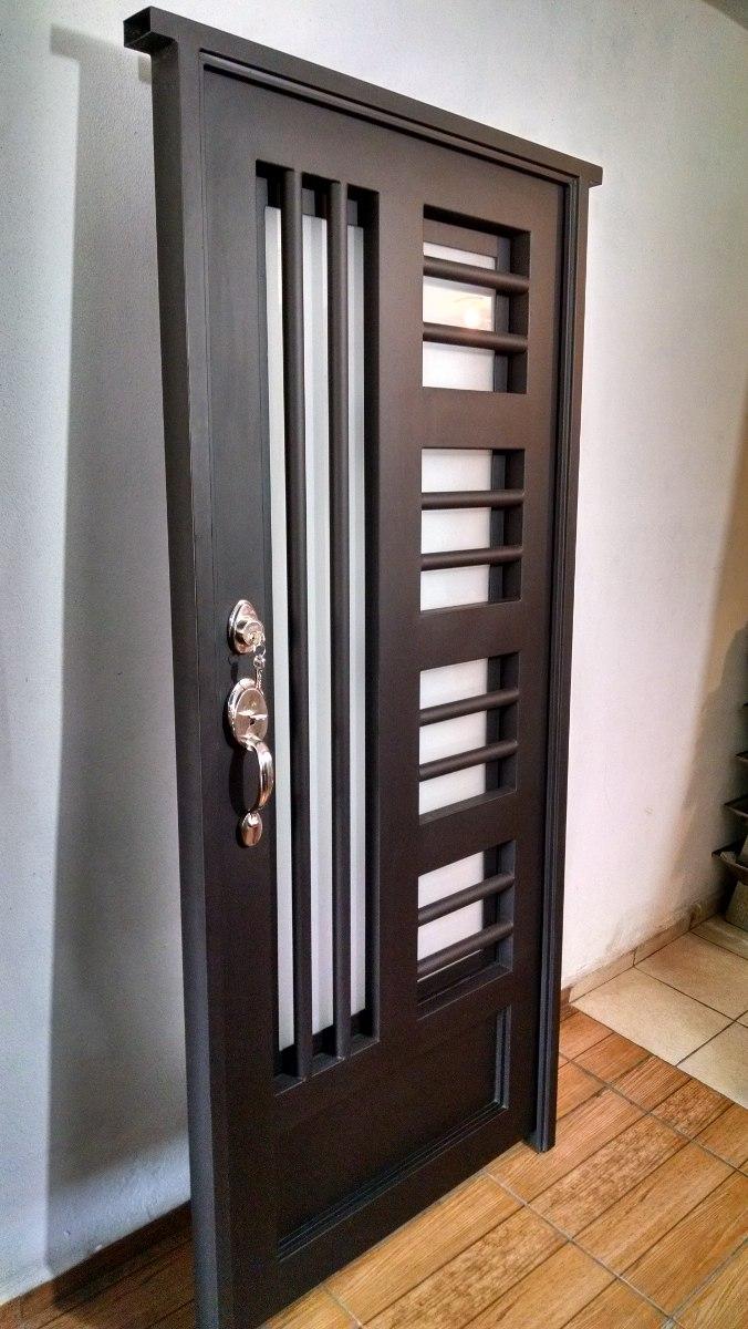 Puerta principal de forja contempor nea s per oferta for Casas modernas con puertas antiguas