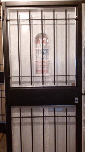 puerta reja con mosquitero 80x200 con marco y cerradura