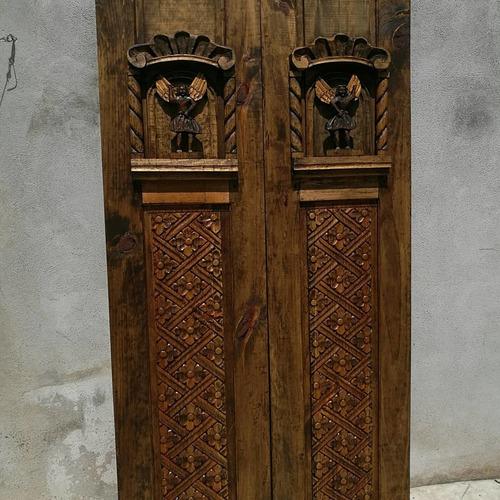 puerta tallada a mano  2020