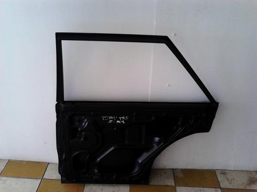 puerta trasera nissan tsuru ii sedan/vagoneta nueva original
