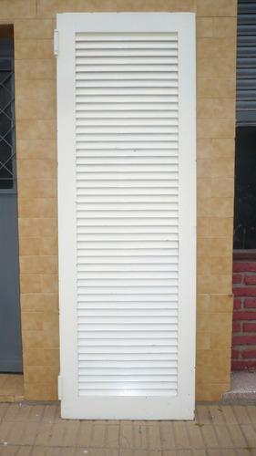 puerta vaiven de madera macisa