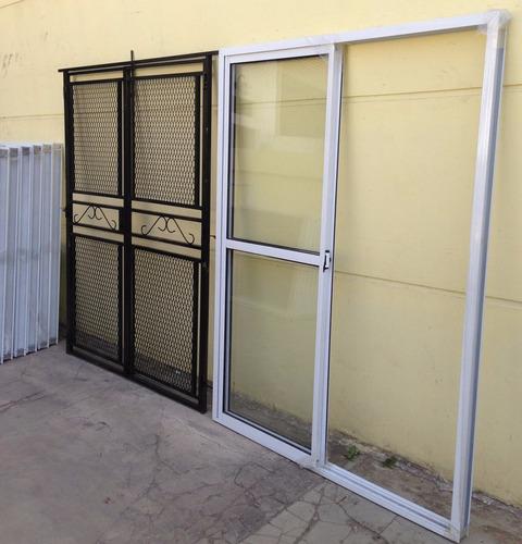 puerta ventana balcon vidrio entero  reja maya abrir 150x200