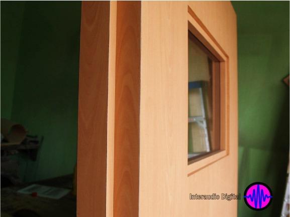 Puertas acusticas aislamiento de sonido puerta anti for Puertas aislamiento acustico precio