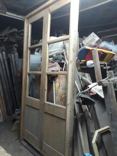 puertas bajo escalera y altillos