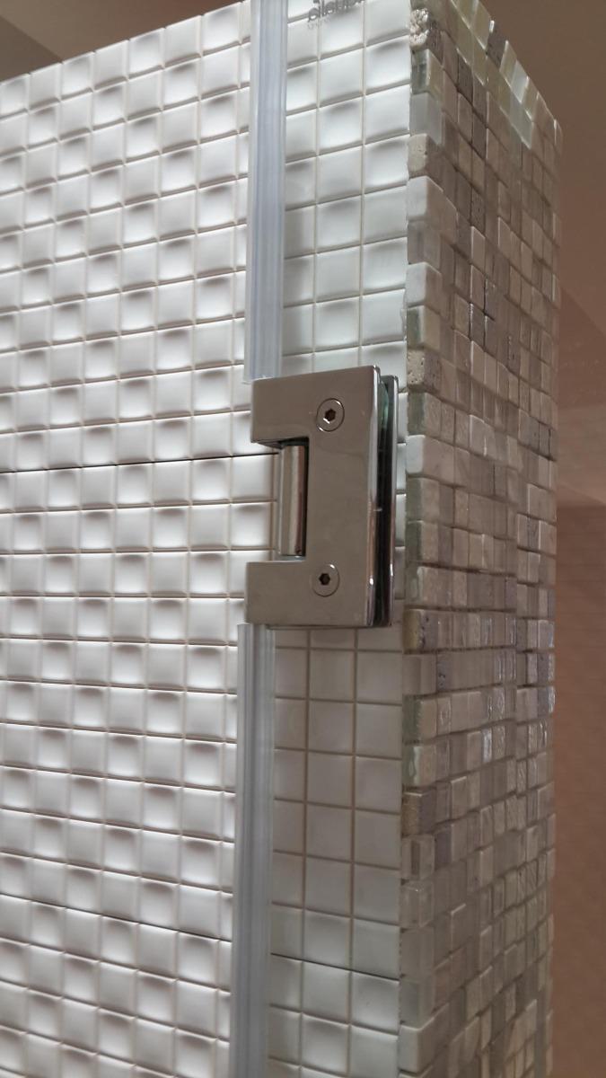 Puertas ba o para duchas batiente en vidrio templado for Puertas de cristal para duchas