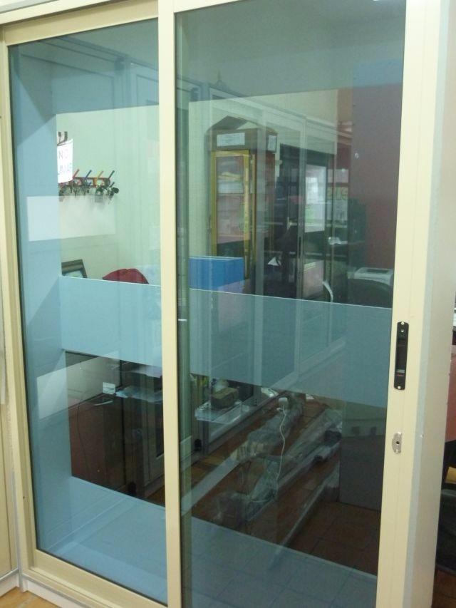 Puertas corredizas de aluminio instalacion gratis for Puerta corrediza aluminio