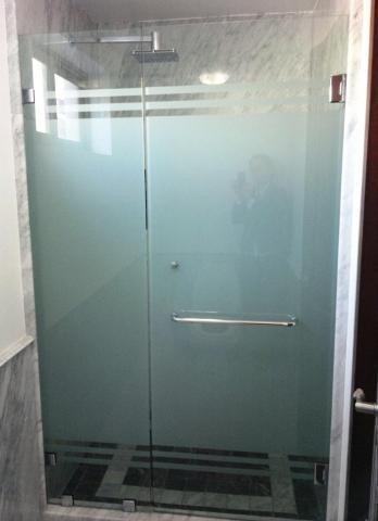 Puertas de ba o corredizas esmeriladas bs en - Puertas de bano corredizas ...