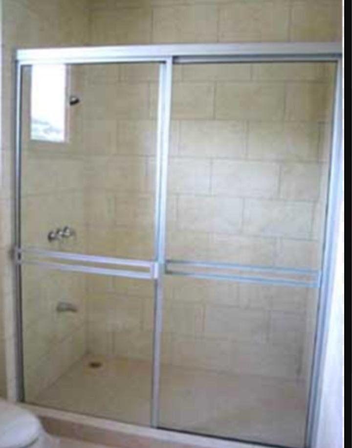 Puertas De Baño En Vidrio Templado 1,30 A 1,40 X 1,80 De ...