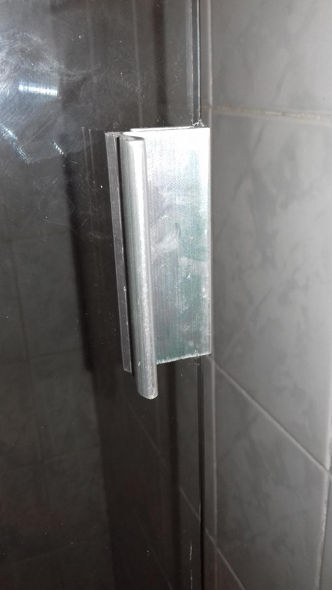 Puertas de ba o en vidrio templado bs en for Cuanto sale una puerta
