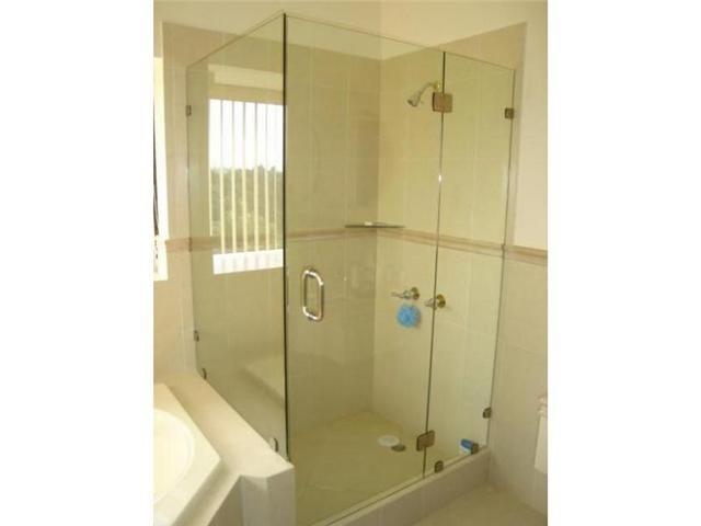 Puertas de ba o en vidrio templado bs en mercado libre - Puertas correderas de cristal para banos ...