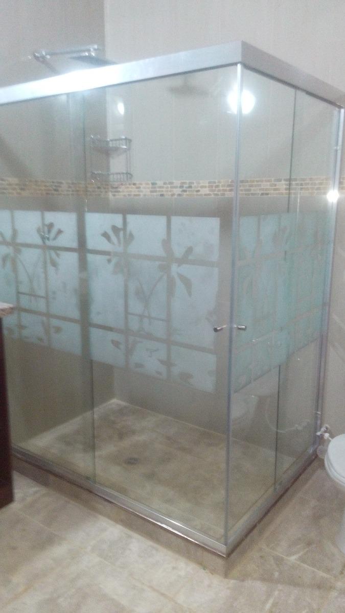 Puertas de ba o en vidrio templado y buenos precios bs for Precios de banos