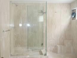 puertas de ducha en acrilicos y vidrio templado