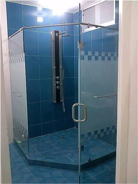 Puertas de ducha en vidrio templado arenadas acero inox for Puertas de cristal templado precios