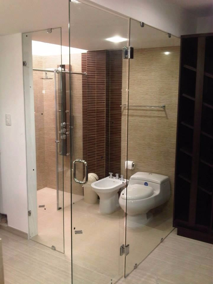 Puertas de ducha en vidrio templado arenadas acero inox for Puerta corrediza para ducha