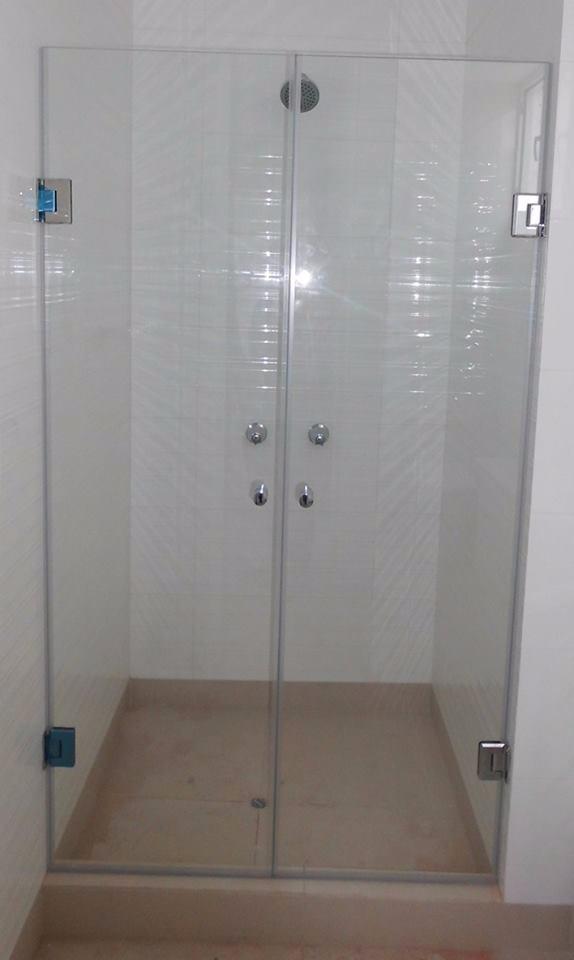 Puertas de ducha vidrio templado accesorios de acero s for Duchas con puertas de vidrio
