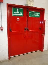 puertas de emergencia barra antipanico