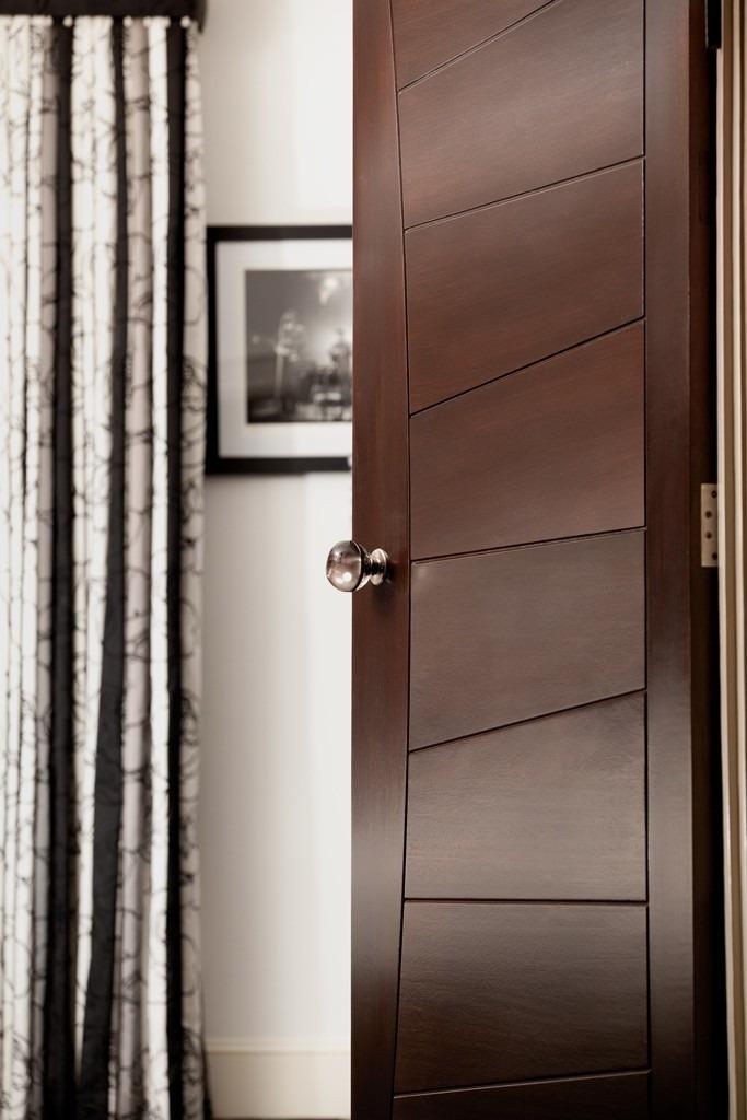 Puertas de madera modernas 2 en mercado libre for Disenos puertas de madera exterior