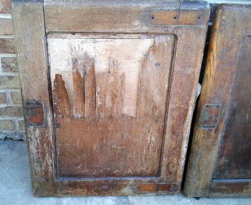 Puertas de roble grandes heladera antigua hay otras for Puertas grandes antiguas