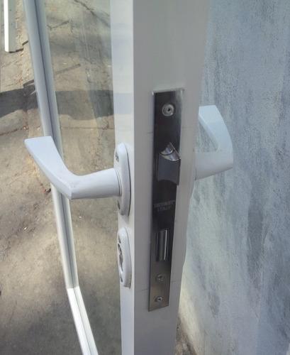 puertas de vidrio en aluminio + marco