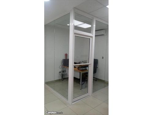 puertas flotantes, puertas comerciales. tel.849-859-5998