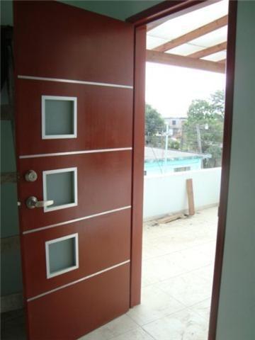 Puertas minimalistas de madera 100 natural 2 for Puertas de madera interiores minimalistas